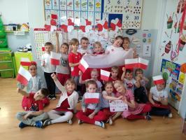 """""""Kocham Cię Polsko! – majowe święta w Przedszkolu nr 7"""