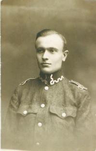 Skarby tomaszowskich placówek: pamiątki po Witoldzie Szyszkowskim